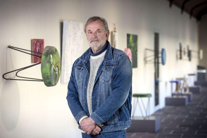 Henk Lassche is initiatiefnemer van de expositie Kunstfafels in Rijksmuseum Twenthe in Enschede