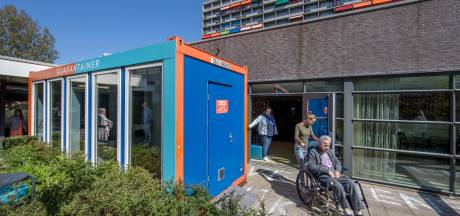 Psychiatrisch patiënten Warnsveld kunnen meer bezoek ontvangen dankzij coronaproof container