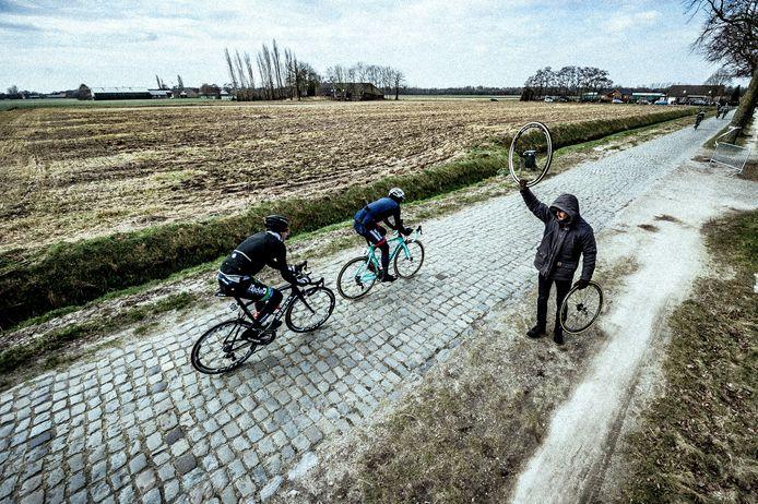 32e omloop van de Houtse Linies, Den Hout.   Foto: Joris Knapen   Pix4Profs