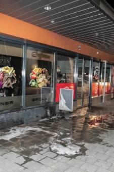 Nijmegenaar verdacht van brandstichting in Arnhems eetcafé zou zijn gelokt met drugs en bedreigd met mes