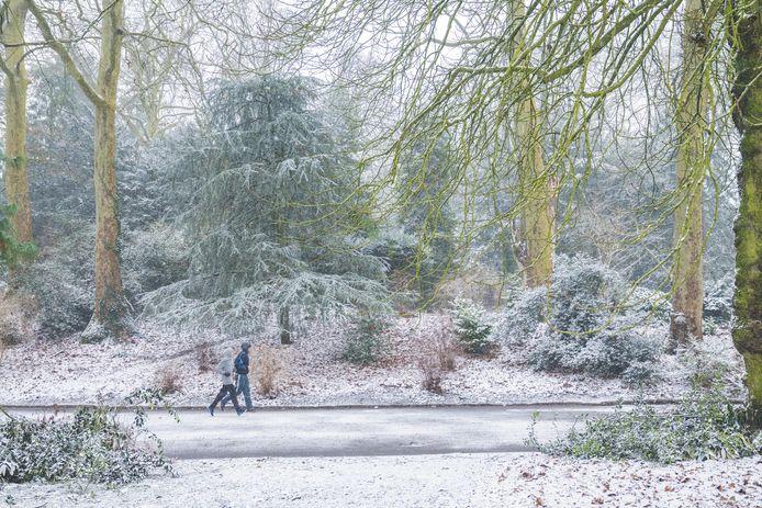 Sneeuw in het Citadelpark.