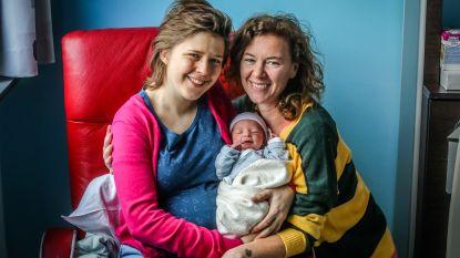 Drie Nieuwjaarsbaby's geboren in Brugge