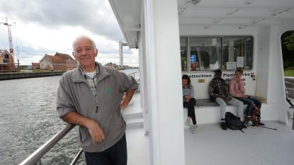 """Schipper René zwaait Humbekenaren uit na 4,5 maanden van oever naar oever te varen: """"Veel tevreden mensen gezien en dat geeft toch veel voldoening"""""""