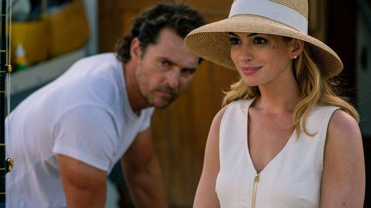 Matthew McConaughey en Anne Hathaway in 'Serenity' Beeld /