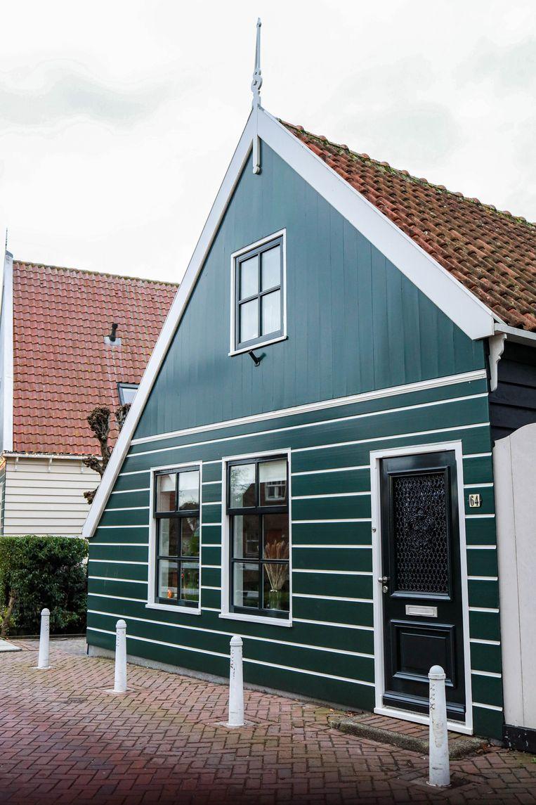 Op 23 januari wandelden we door Ransdorp, in januari 1921 door Amsterdam geannexeerd en sinds 1976 een beschermd dorpsgezicht. Ons oog viel op het dorpshuis op Dorpsweg 64, een van de rijksmonumenten. Winnaar van het jaarabonnement op Ons Amsterdam is Eric Zeldenrust. Beeld Anouk Hulsebosch