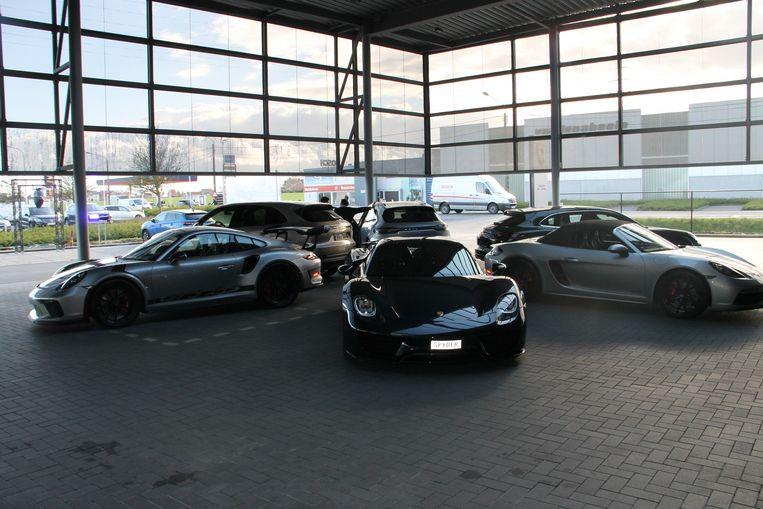 De nieuwe Porsche-garage.