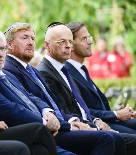 Rutte bij onthulling holocaustmonument: 'Antisemitisme leeft nog steeds'