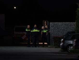Mogelijk steekincident bij PT-Creations in Wijk en Aalburg: man gewond, politie zoekt dader