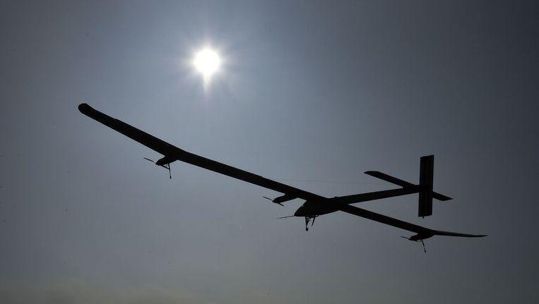 De Solar Impulse anderhalve week geleden tijdens de eerste etappe, van Zwitserland naar Spanje. Beeld afp