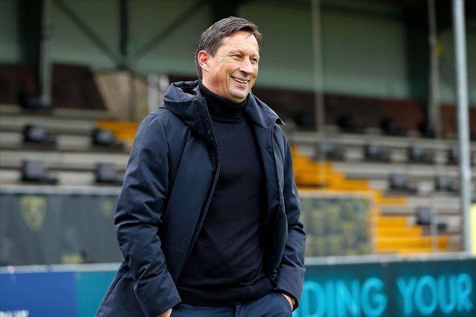 Roger Schmidt heeft - behoudens een aantal langer geblesseerden - de beschikking over een fitte selectie tegen FC Groningen.