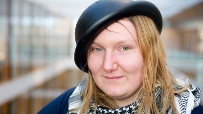 """Mienke mag geen vergiet op haar hoofd zetten voor pasfoto: """"'Pastafarianisme is geen godsdienst"""""""