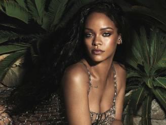 Rihanna schittert in sexy outfits op de cover van Vogue