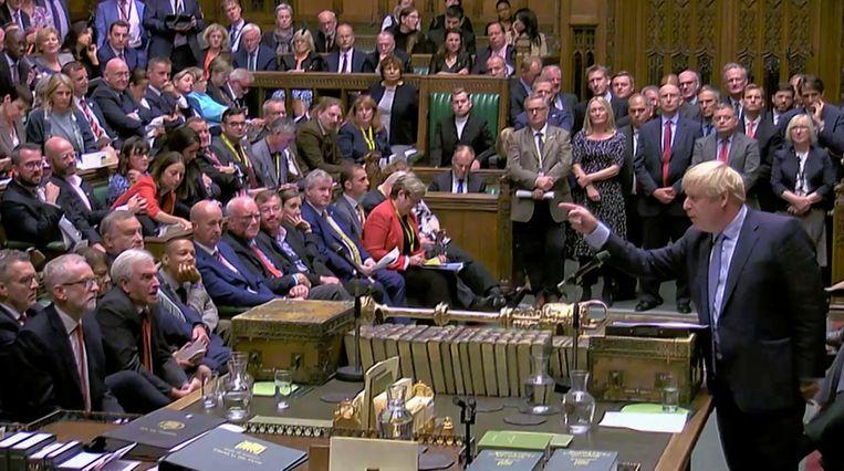 Boris Johnson daagde gisteren het parlement uit een motie van wantrouwen tegen hem in te dienen.