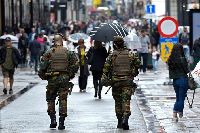 Parmi les 13 militaires qui ont été écartés de tout accès aux armes dans la foulée de l'affaire Conings, plusieurs n'ont toujours pas récupéré cet accès et l'un d'entre eux est toujours suspendu (illustration).