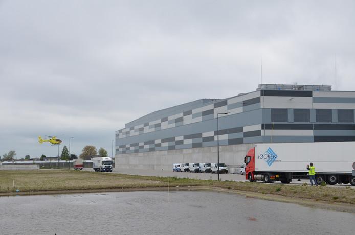 De Beijerincklaan in Waddinxveen. Het gebied Glasparel in Waddinxveen wordt aan de noordzijde begrensd door de Zesde Tochtweg en het glastuinbouwgebied aan de G. van Dort Kroonweg, aan de oostzijde door de Plasweg en de Beijerincklaan, aan de zuidzijde door de Bredeweg en aan de westzijde door de glastuinbouwkavels langs de Abraham Kroesweg.