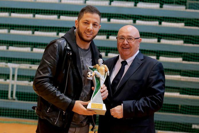Karim Chaïbaï a reçu en 2017 le titre de meilleur buteur de la saison en futsal