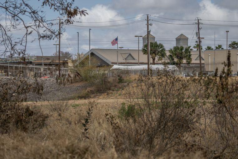 Aan de overkant van de Rio Grande begint het beloofde land, de Verenigde Staten.  Beeld Alejandro Cegarra