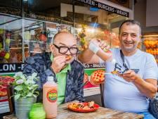 Toveren met kip en sausje van Huf bij pizzeria Pronto: 'Geen gelul, lekker spul'