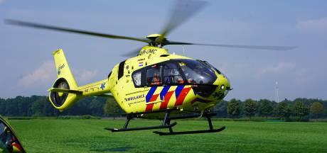 Traumahelikopter landt voor ongeluk met zwaargewonde fietser in Sprundel