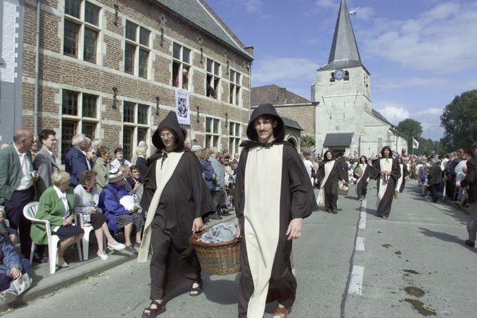 De Sint-Ermelindis processie toen er nog geen spraken was van corona.