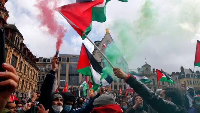 Pro-Palestijnse betogers in Parijs worden met waterkanon en traangas uiteengedreven