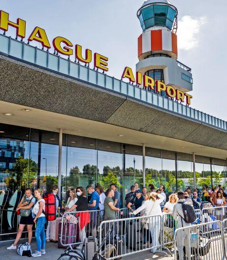 Gemist? Lange wachttijden door storing Rotterdam The Hague Airport en vrouw bestolen door 'loodgieters'