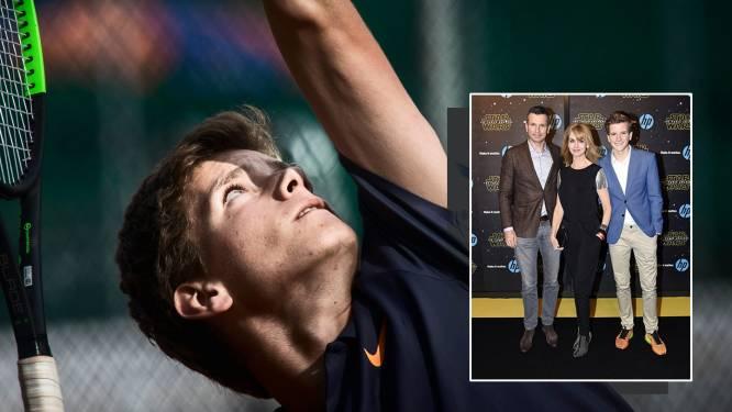 Krajicek trots op eerste proftitel voor zoon Alec: 'Klein toernooi, grote emotionele waarde'