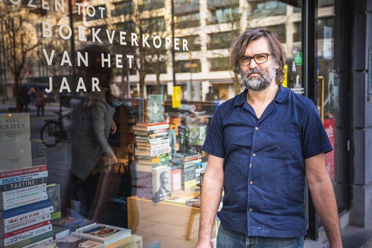 In 2013 werd Van Aken verkozen tot Boekverkoper van het jaar, nog steeds als de enige Vlaming. Beeld Wannes Nimmegeers