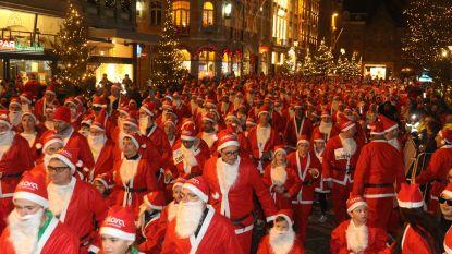 1.000 lopende kerstmannen in Ieperse binnenstad