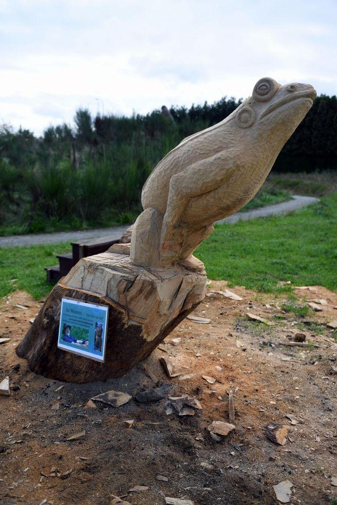 De springende kikker van kunstenaar Ad Wouters.