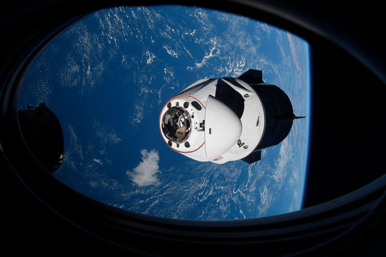 De SpaceX Crew Dragon-capsule nadert het ISS. (23/04/2021) Beeld AP