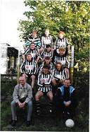 Het eerste elftal van SV De Jagers in 1987. Eigen foto.