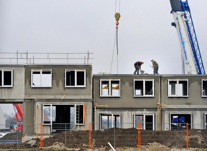 De bouw in Bornsche Maten verliep voorspoedig, maar nu is het de vraag of Borne niet te veel bouwt?