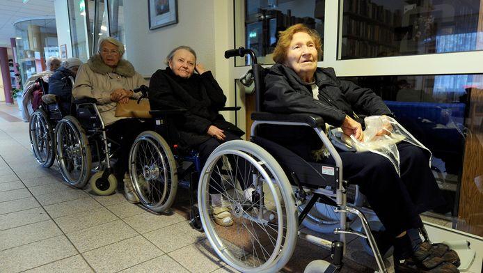 Bejaarden in een verzorgingstehuis in Koblenz.