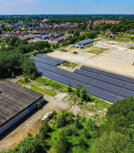 Van vervallen fabriek tot zonnepark: voormalig MBI-terrein in Raalte levert energie op