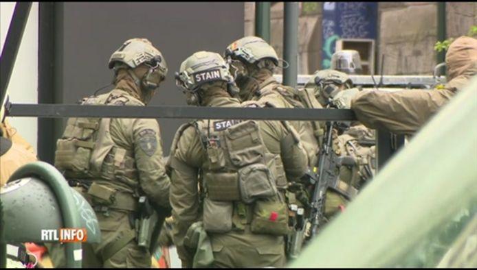 Les forces spéciales présentes en nombre à Saint-Josse (Bruxelles)