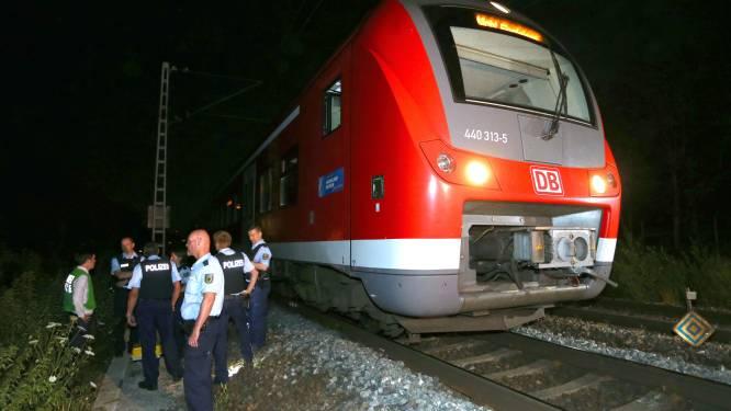 Nog twee slachtoffers van gruwelaanval in trein in levensgevaar