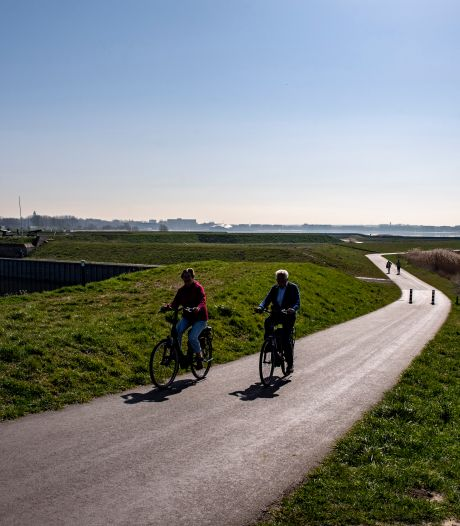 Fietsroute van 410 kilometer: vanaf juni van Bergen op Zoom naar Edam langs de verdedigingslinies