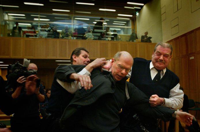 Ernst Louwes verzet zich maandag in het gerechtshof, na de uitspraak.