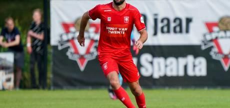 FC Twente wint, maar het meeste applaus is voor spits  Sparta