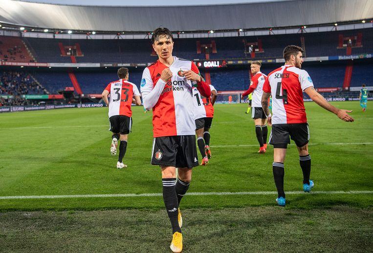 Steven Berghuis is er trots op om Feyenoorder te zijn na zijn benutte strafschop (1-0). Feyenoord won uiteindelijk met 2-0 van Sparta. Beeld Guus Dubbelman / de Volkskrant