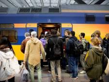 'Blaas prijsverhoging NS-treinkaartjes af'