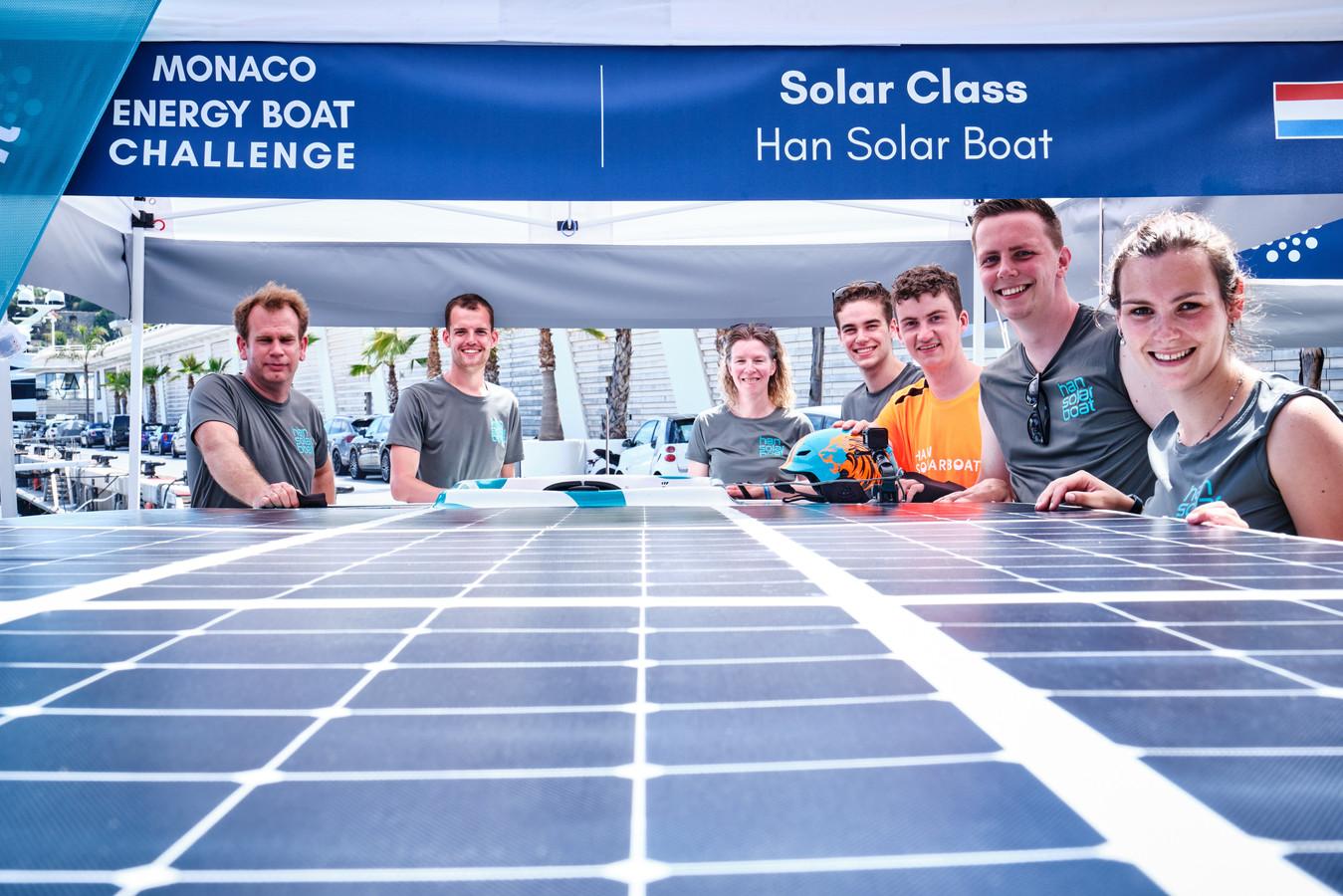 Het team van de HAN dat meedeed aan de  Energy Boat Challenge in Monaco.