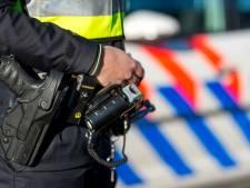 Dief (27) probeert van politie te ontkomen door uit raam te springen