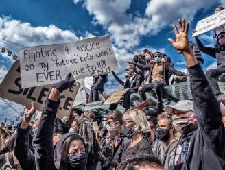 """Dossier naar beweerd politiegeweld geseponeerd: """"Men probeert het in doofpot te steken"""""""