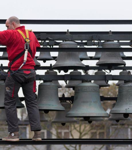 Zo klinkt het carillon in Zevenaar, buurvrouw Elly is er blij mee: 'Geen punt dat 'ie luidt'