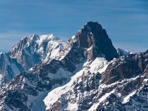 """Deux alpinistes """"miraculés"""" après une chute dans le Mont-Blanc"""