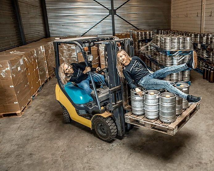 Tessel en Do de Heij brouwen hun eigen bier.