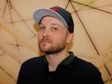 Lubach sluit seizoen af met oproep: stop met Facebook