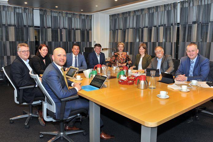 De onderhandelingen in Rijswijk voor een nieuw college. Mei 2018.